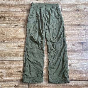 Lululemon Trek Pants Green Cargo Size Medium
